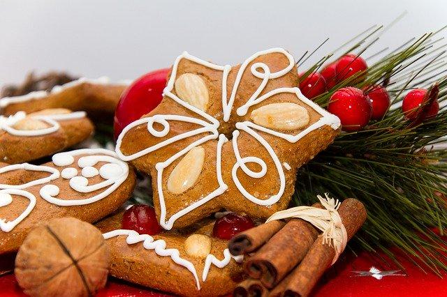 gingerbread-4676900_640